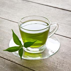 gren tea on table